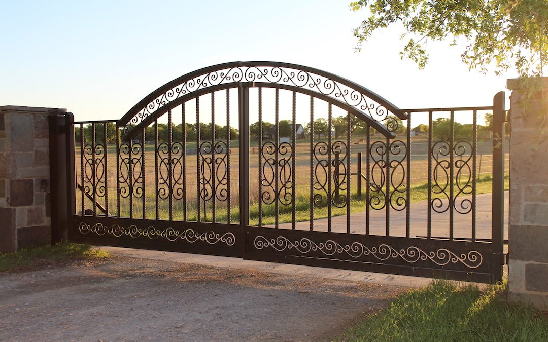 3 Types Of Durable Gates Aberdeen Custom Gate And Iron
