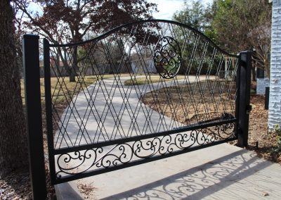Anita Driveway Gate Installed -wide view