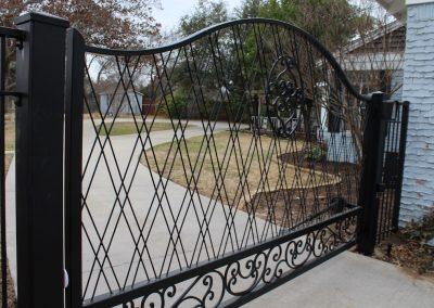 Anita Driveway Gate - angle view