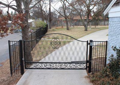 Anita Driveway Gate - view 2