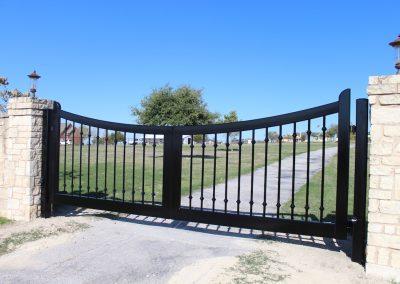 custom iron driveway gate L1