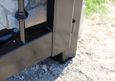 custom iron driveway gate L18