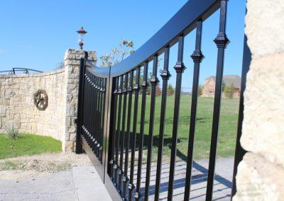 custom iron driveway gate L25