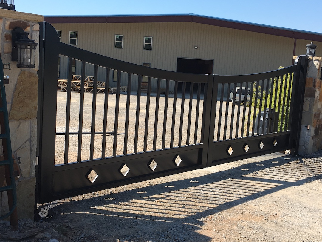 Neidhart Ranch Gate