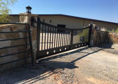 custom iron ranch gate -2