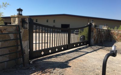 Neidhart Ranch Gate