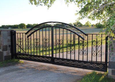 driveway iron gate