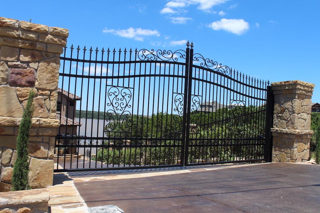 Tall driveway gate aberdeen
