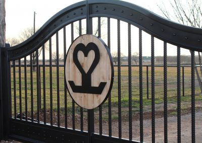 heartbrand ranch gate detail