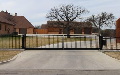 Simple Double Driveway Gate