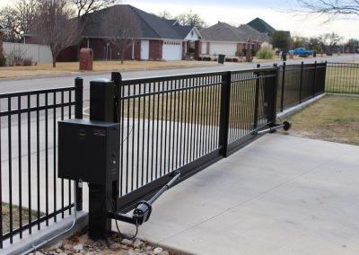 simple double driveway gate7
