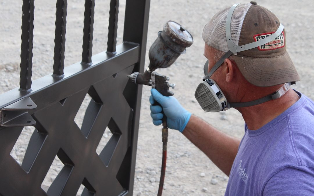 3 Tools That Will Help You Maintain Your Iron Gate