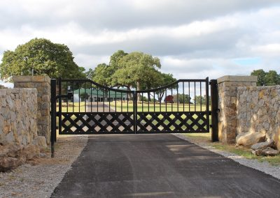 talbert custom iron driveway gate1549