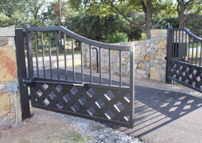 talbert custom iron driveway gate1577
