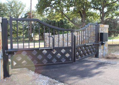 talbert custom iron driveway gate1584