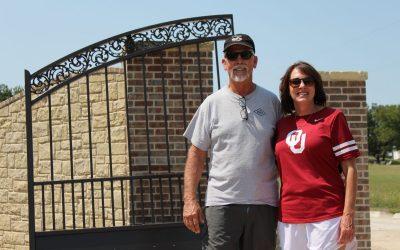 Oklahoma Modern-Traditional Style Gates