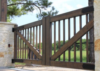 faux piney woods ranch gate