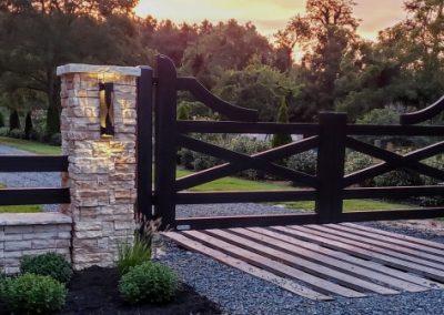 farmhouse style aluminum black gates