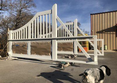 primed aluminum gates
