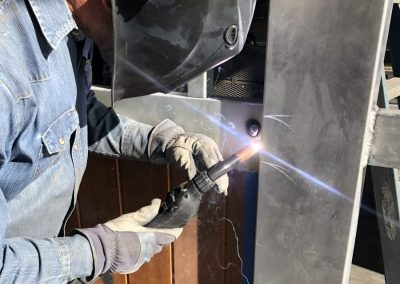 welding aluminum to hide