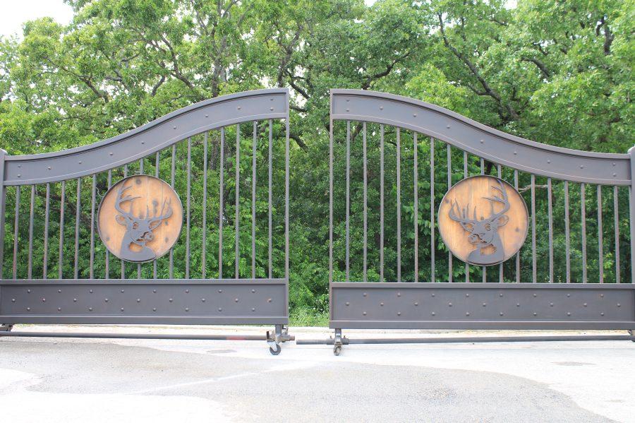 faux painted aluminum gate