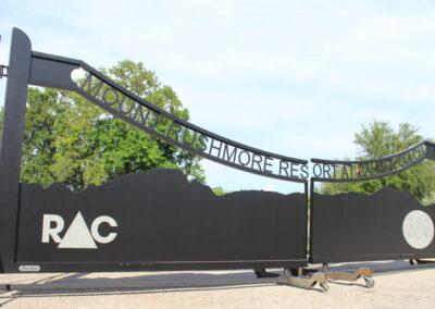 Mountain Resort Aluminum Driveway Gate